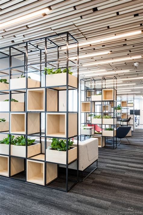 Office Space Dividers by The 25 Best Office Dividers Ideas On Office