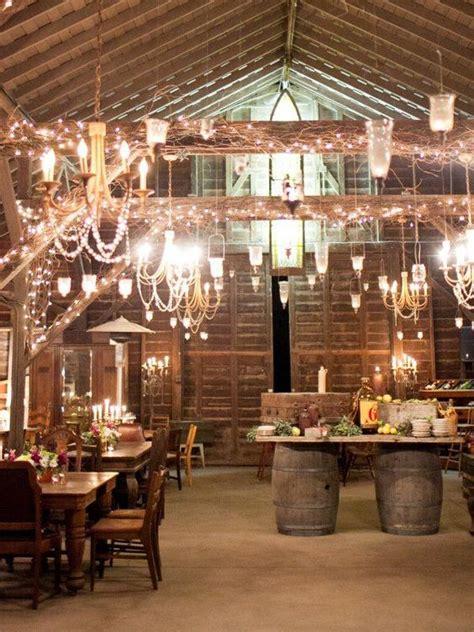stunning rustic indoor barn wedding reception ideas page    puff