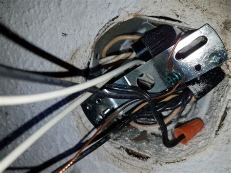 need some help with wiring a light fixture light switch won t turn light doityourself