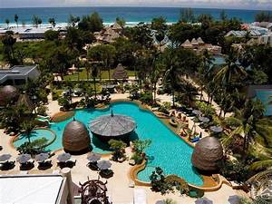 Movenpick Resort Spa Karon Beach Phuket