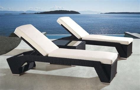 plastic chaise lounge folding lawn chair chic chaise