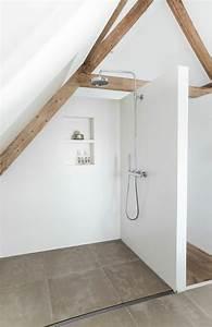 revgercom amenagement petit espace sous comble idee With plan salle de bain sous comble