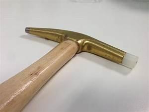 Marteau De Tapissier : outillage pour tapissier marteau ramponneau t te ~ Edinachiropracticcenter.com Idées de Décoration