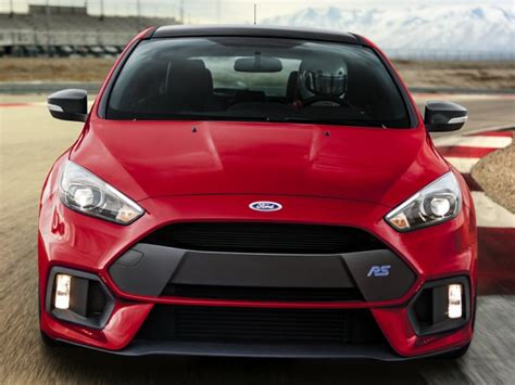 2018 Ford Focus RS Deals, Prices, Incentives & Leases
