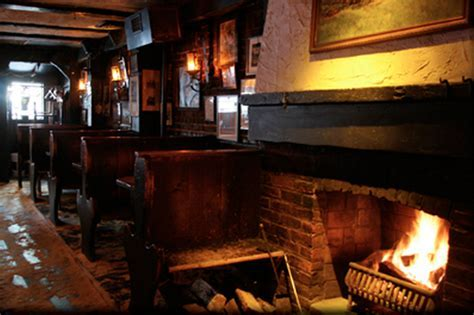 Restaurants and bars with fireplaces: NYC spots for