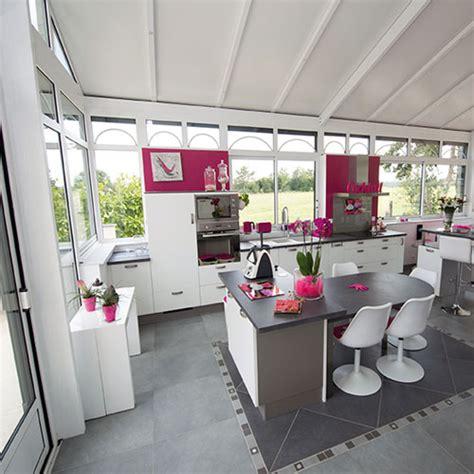 agencement cuisine ouverte la véranda la nouvelle pièce tendance de la maison 11