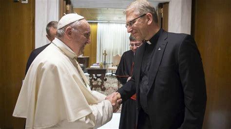 le siège confirme la visite du pape françois en