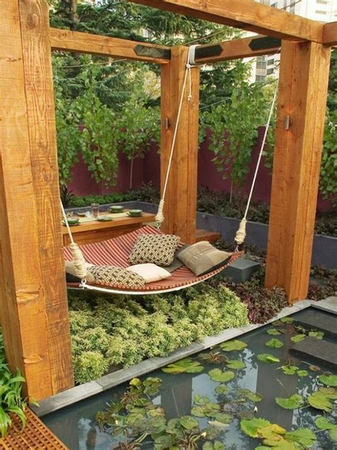 How To Hang A Hammock On An Apartment Balcony by Hang Hammock The Pond Home Decorating Trends Homedit
