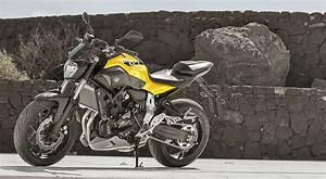 Mt 07 Fiche Technique : yamaha mt 07 700 2016 galerie moto motoplanete ~ Medecine-chirurgie-esthetiques.com Avis de Voitures