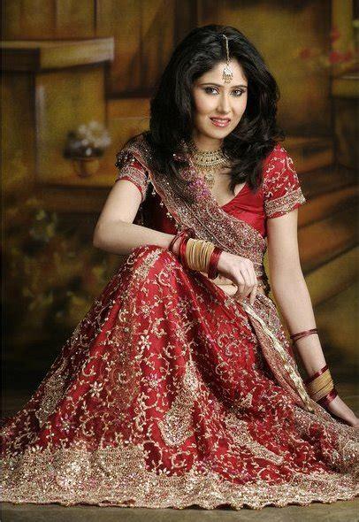 beautiful indian brides pics  gorgeous dresses