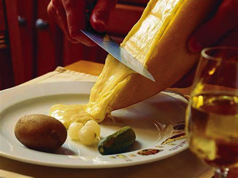 seiler raclette kaese classic rund  laib raclettede