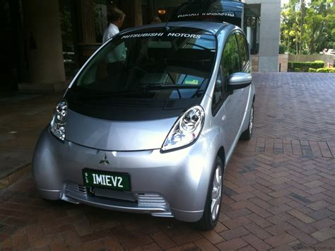Mitsubishi Electric Car Review by Mitsubishi I Miev Review Driving An Electric Car Caradvice
