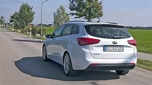 E Auto Kombi : video kia cee 39 d sw ~ Jslefanu.com Haus und Dekorationen