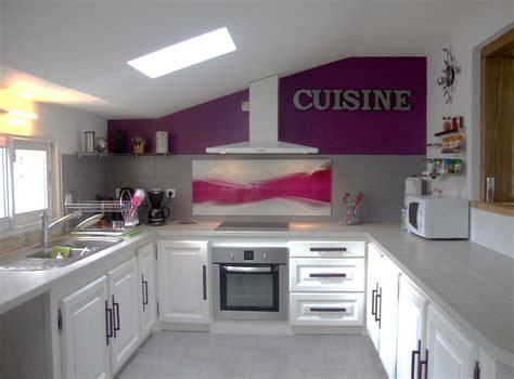 cuisine blanc et violet déco cuisine prune