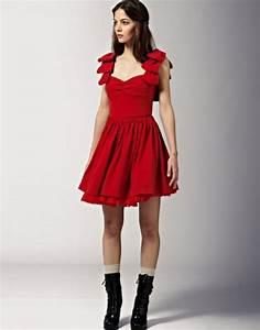 Robe rouge evasee for Robe rouge évasée