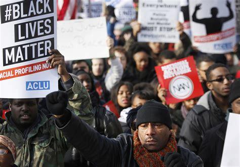 thousands gather  washington   york  protest