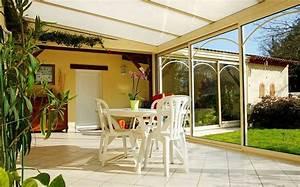 Que Mettre Sur Le Toit D Une Pergola : isoler un toit de v randa isolation et ventilation deco toit de veranda et veranda ~ Melissatoandfro.com Idées de Décoration