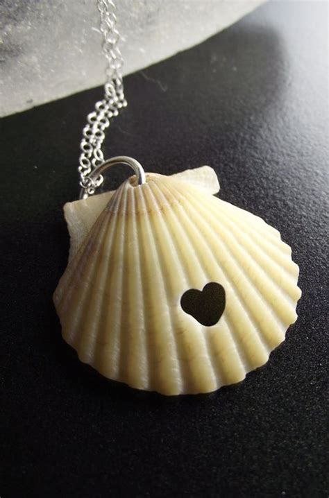 easy diy seashell art  crafts ideas cartoon district