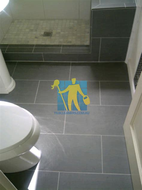 regrouting bathroom tile floor brisbane bathroom tile cleaning brisbane tile cleaners
