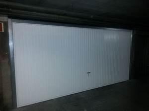Largeur Porte Pmr : vente de porte de garage grande dimension pmr aix en provence fermetures et motorisations asdv ~ Melissatoandfro.com Idées de Décoration