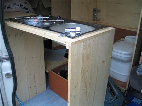 transformer sa cuisine relooker sa cuisine petit prix transformer une table de