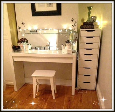 Small Bathroom Makeup Storage by 20 Spick And Span Makeup Storage Cabinet Ideas