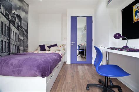 modern room set   heart  edinburgh  weeks