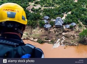 Flood Rescue Stock Photos & Flood Rescue Stock Images - Alamy