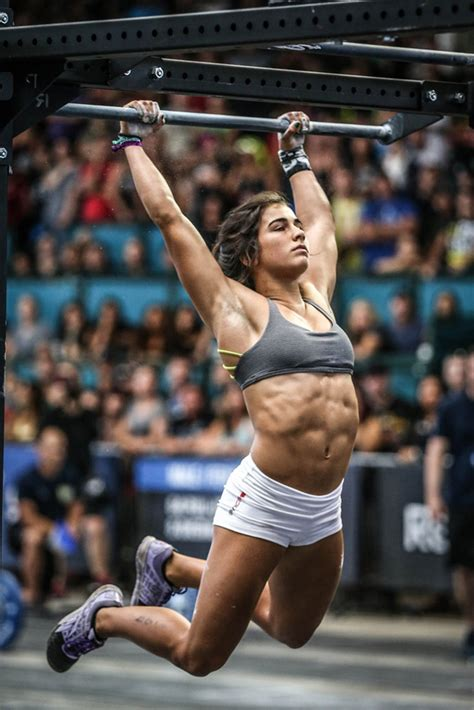 lauren fisher crossfit athlete games rogue athletes fitness weight favorite stats age snatch accomplishments invictus deadlift strong clean web5 rx