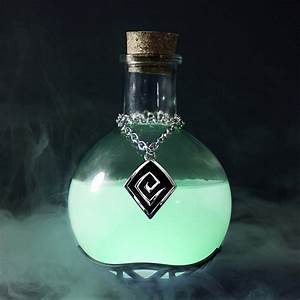 Magic Potion Lamp - The Green Head