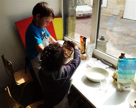 atelier cuisine enfants ateliers de cuisine bio parents enfants un monde plus doux