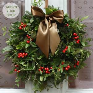Lighted Christmas Wreaths Outdoor by Would You Like To Make Your Very Own Christmas Wreath