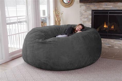 gros coussin pour canapé chill bag le pouf géant multiplace