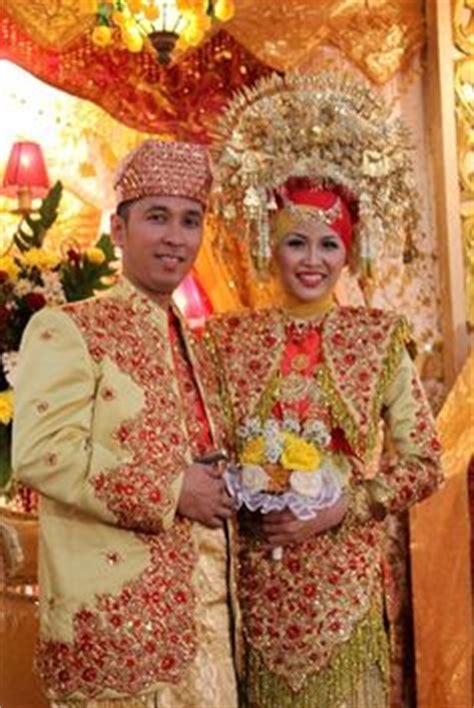 foto pernikahan baju adat pengantin melayu  pekanbaru