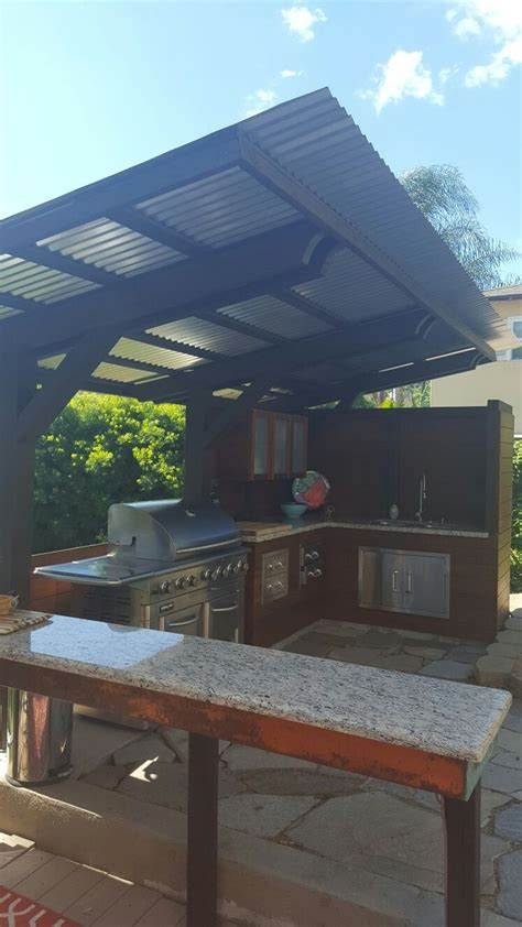 cantilever corrugated sheet metal roof separate