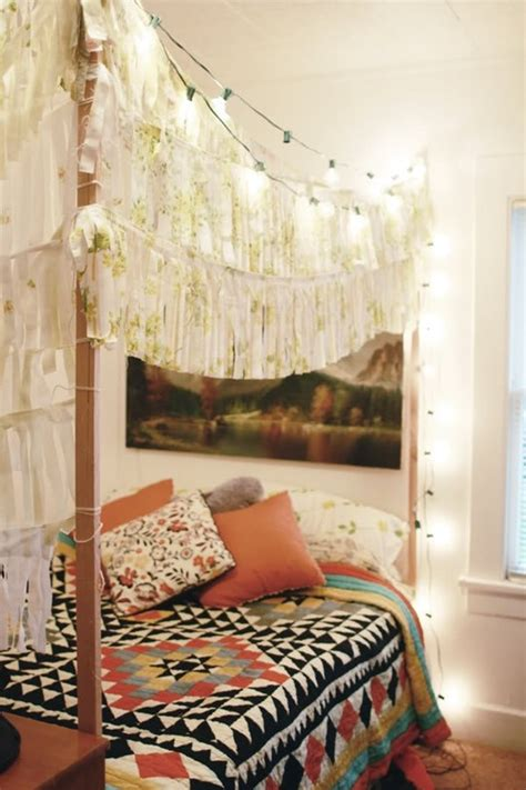 Boho Bed Canopy by A Gallery Of Bohemian Bedrooms Apartment Therapy