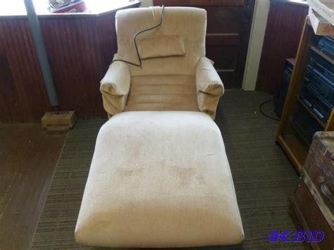 contour chair lounge co st louis missouri