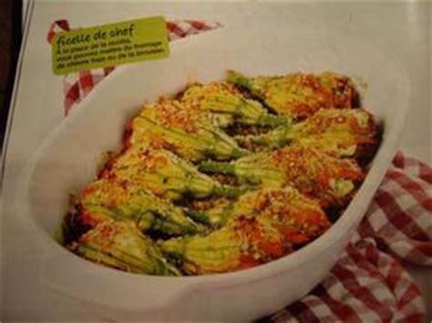cuisiner des fleurs de courgettes fleurs de courgettes farcies recette iterroir