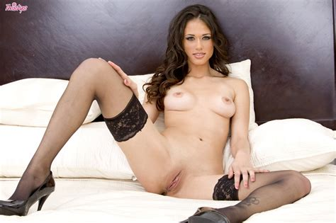 Tiffany Thompson In She S Sexy And You Know It By Twistys Nude Photos Nude Galleries