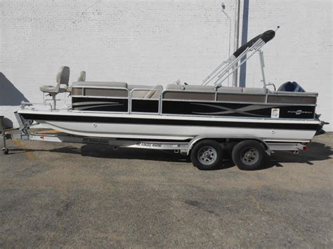Fun Deck Boats For Sale Used by Hurricane Fun Deck 226 Boats For Sale