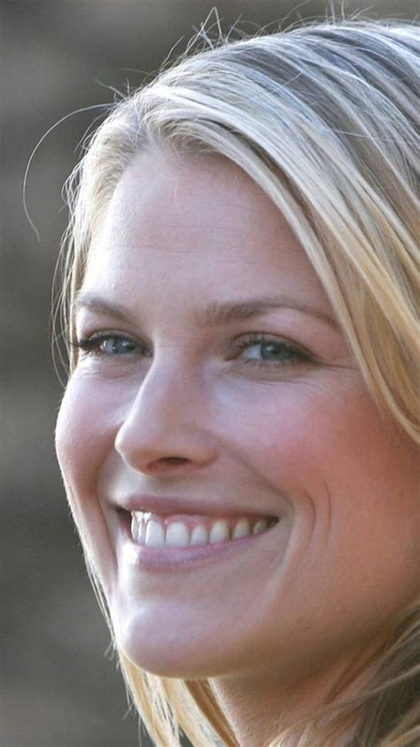 ali larter smile wallpaper