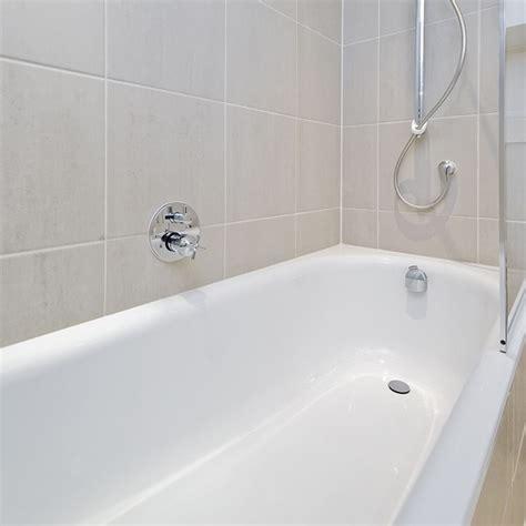 smalto vasca da bagno rismaltatura vasche da bagno riparazione manutenzione