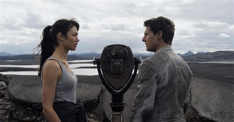 So, What Exactly Is Happening in 'Oblivion'? — SPOILERS