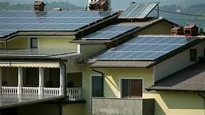 Solar Auf Dem Dach : solar balkon der tn wandelt den balkonstrom in v with solar balkon free solar balkon with ~ Heinz-duthel.com Haus und Dekorationen
