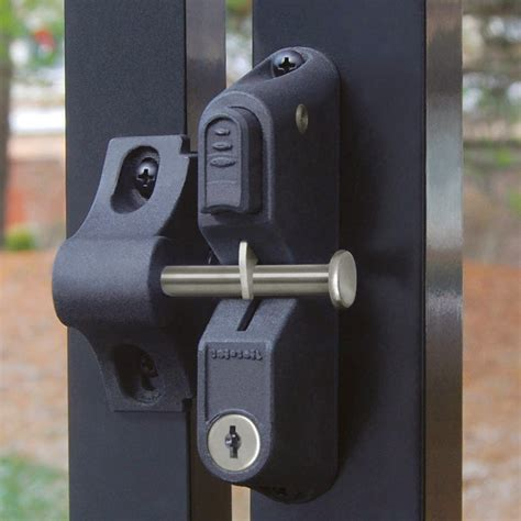 ideas gate latch ideas  additional security