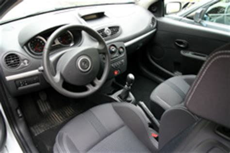 clio 2 rs interieur renault clio 3 rs world series by renault 2008 essai