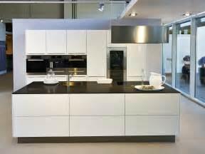 l küche mit kochinsel küche mit insellösung küchen ekelhoff