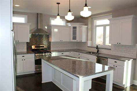 kitchen cabinets in white white cabinets grey granite for the home 6155