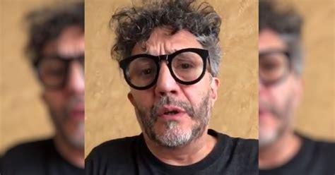 Músico y compositor de rock argentino. El mensaje de Fito Páez por la crisis en Chile | Rosario3