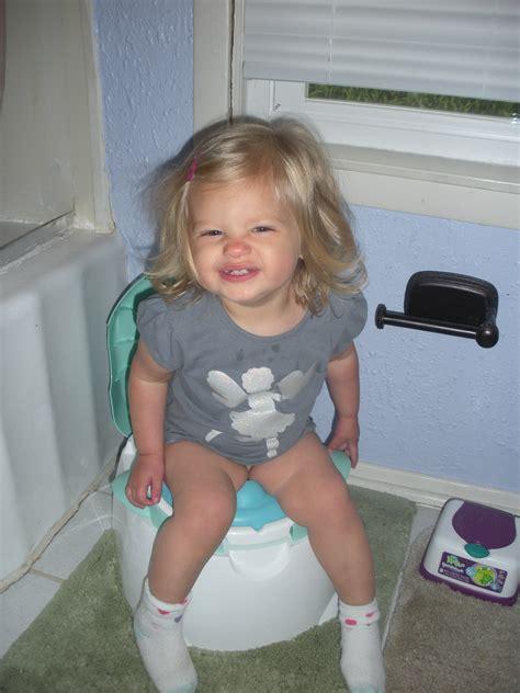 Child In Diapers Start Kindergarten How To Potty Train